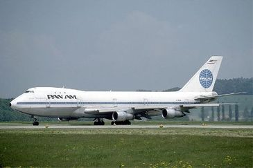 800pxpan_am_boeing_747_at_zurich_ai